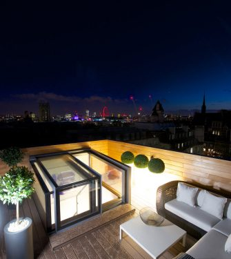 14 one-wall-box-skylight-night-view-s