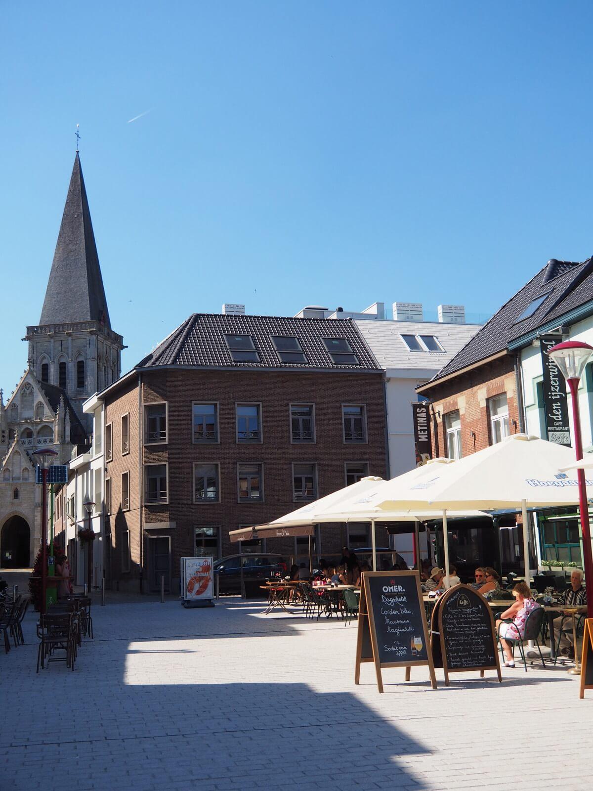 3 Market square Asse