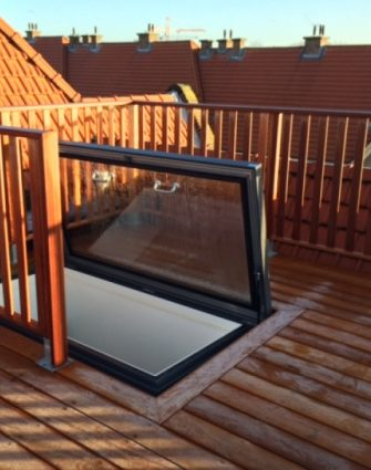 Skyhatch Manual Rooflight - Glazing Vision Europe