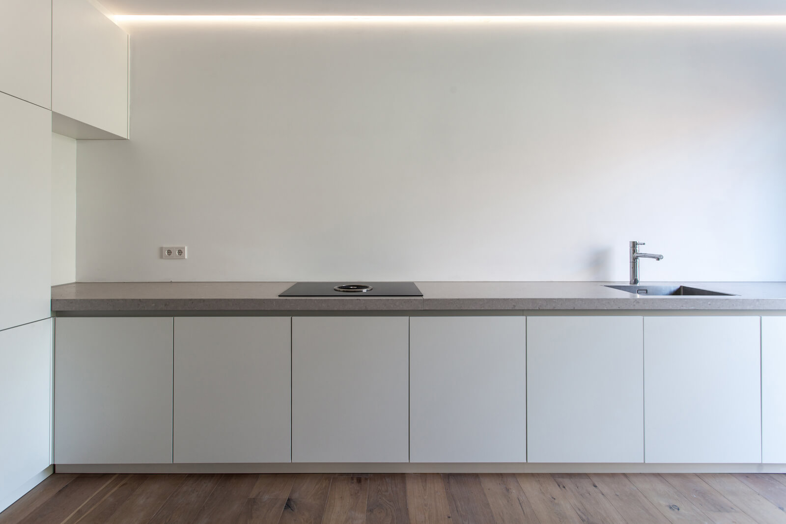 Daylight Award Flushglaze lichtstraat brengt licht in keuken