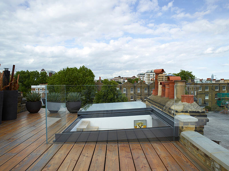 sliding-over-rooflight-for-outdoor-access-and-ventilation-800x599